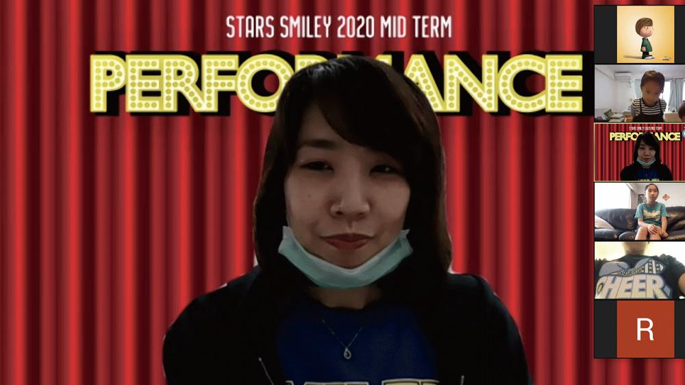 Stars Smiley Family オンライン中間発表会