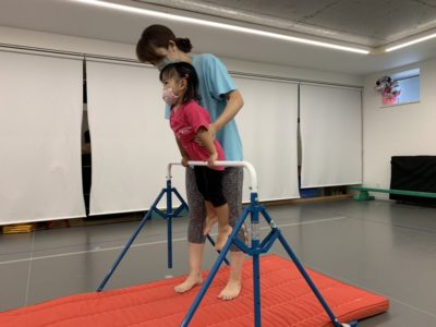 ベビーチア 親子体操