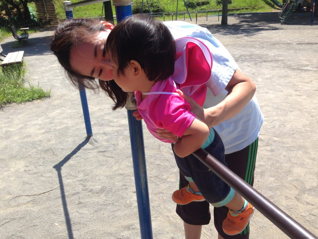 未就園児の鉄棒
