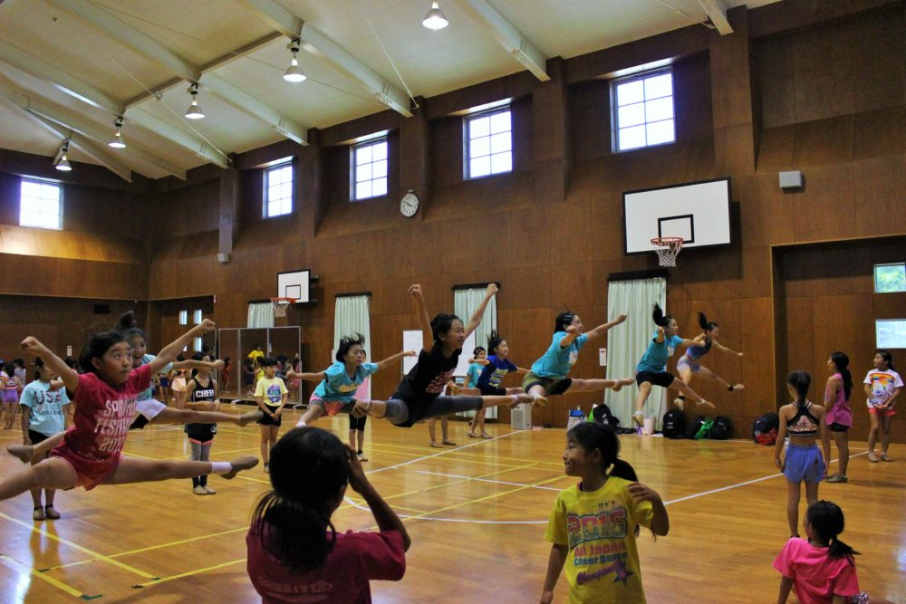 SummerCampのトゥージャンプ練習